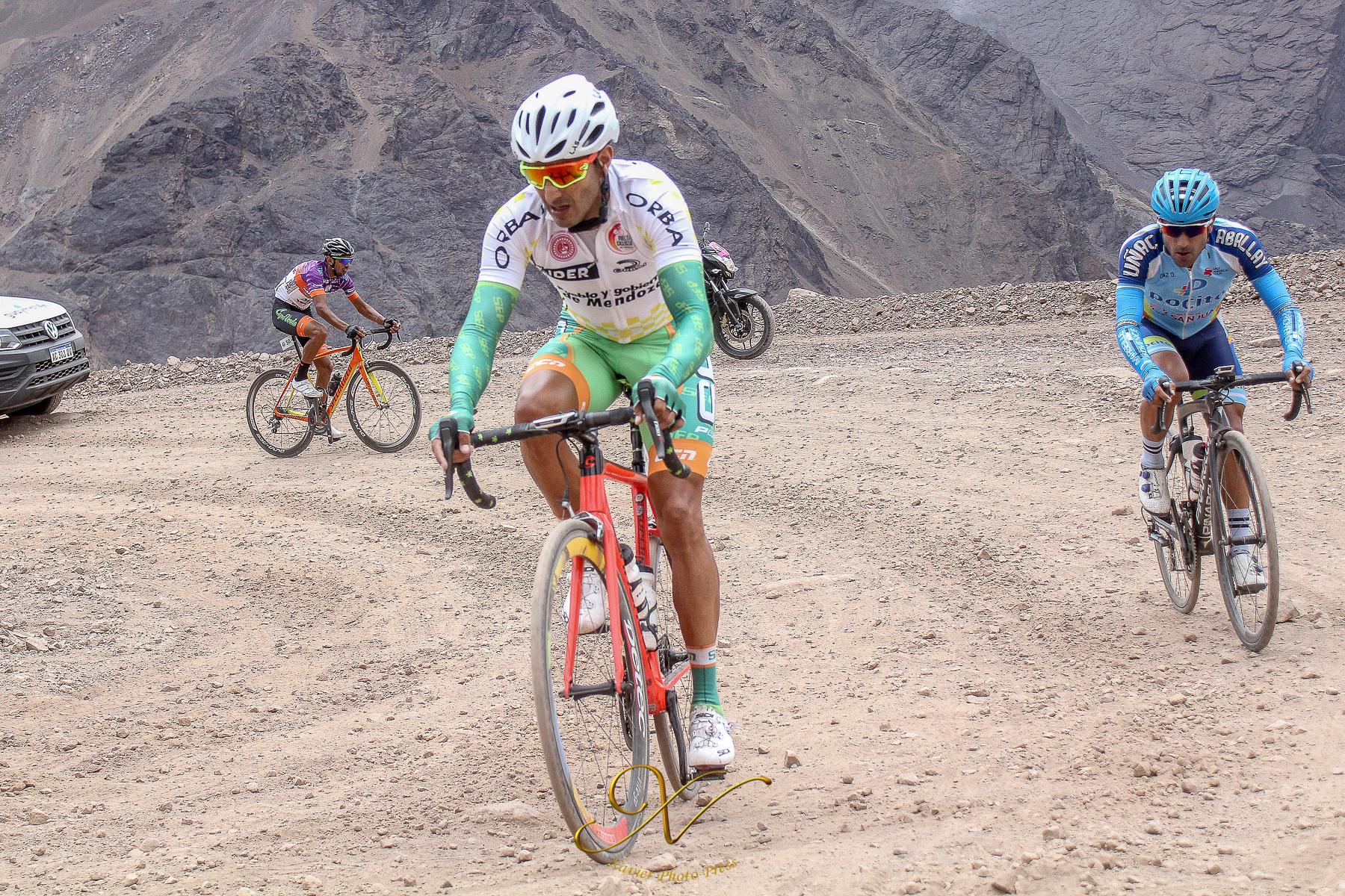Ciclistas colombianos en el exterior (No las estrellas) Dotti-Diaz